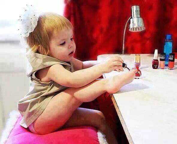 trucuri pentru manichiura bebelusilor
